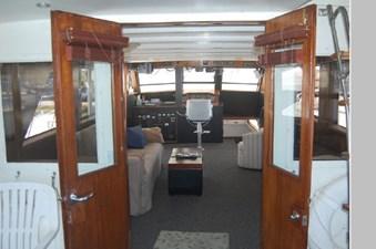 1970 Hatteras Motor Yacht 18 19