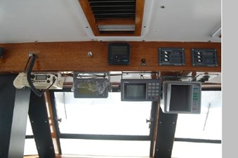 1970 Hatteras Motor Yacht 22 23