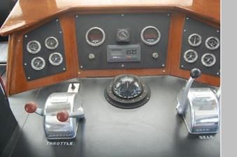 1970 Hatteras Motor Yacht 28 29