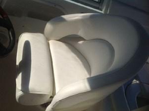 310 Sundancer Helm Seat