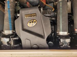 310 Sundancer Starboard Engine