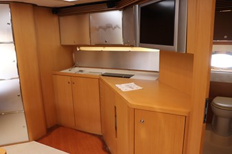 Riva 59 STBD Galley4