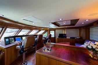 AMAZING GRACE 34 Enclosed Flybridge
