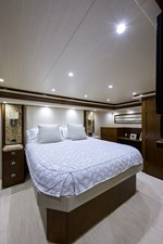 76_viking_six_pack_master_stateroom_1