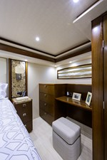 76_viking_six_pack_master_stateroom_7