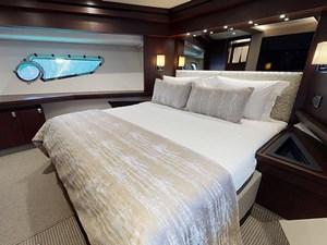 INSOMNIA 33 INSOMNIA-VIP-Cabin(1)