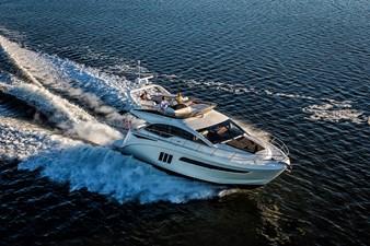 Fly 510 23 prima-volta-in-europa-al-cannes-yachting-festival-2015-per-la-sea-ray-l-class-2014-510-fb-6595