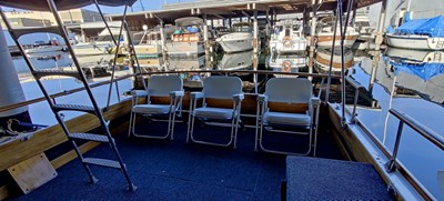 TIME WELL SPENT 4 TIME WELL SPENT 1969 CHRIS-CRAFT Chris Craft Cavalier Cruising Yacht Yacht MLS #270321 4