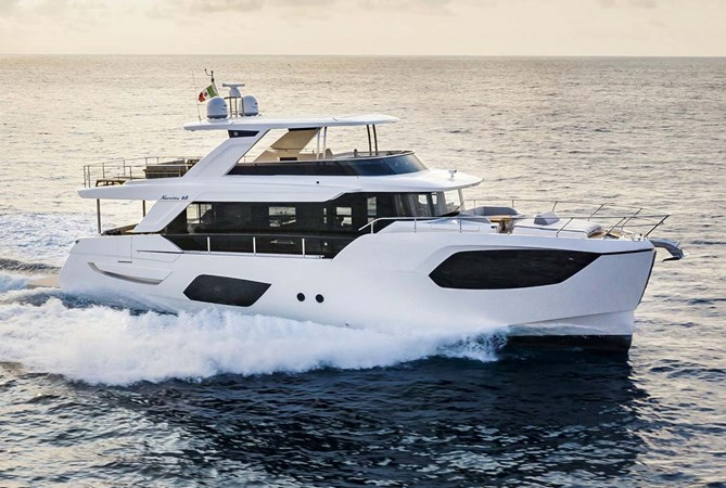 01-Absolute-Yachts-Navetta68-1