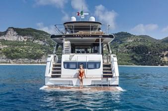 ABSOLUTE NAVETTA 68 2 06-Absolute-Yachts-Navetta68-swim-platform-1