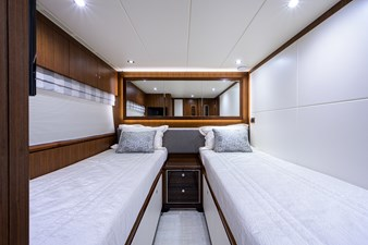 100_ocean_alexander_seasons_in_the_sun_fwd_starboard_guest_stateroom_3