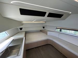 JUS 37 Interior Cabin