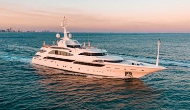 AQUARIUM  0 AQUARIUM  2010 BENETTI  Motor Yacht Yacht MLS #270411 0