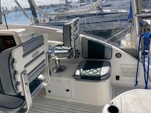 Pursuit 3000 Offshore 9