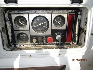 12_2778475_47_swan_cockpit_auxiliary_control_panel