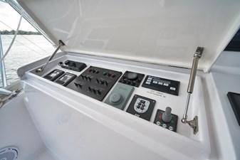 2018 Hatteras GT54 28