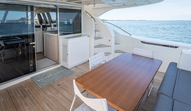 SILVER LINING 6 Aft Deck