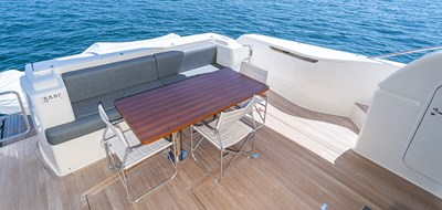 SILVER LINING 7 Aft Deck