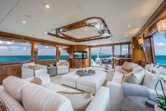 2010 Hargrave 101 Motor Yacht - Limitless - Salon