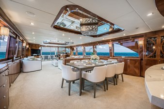 Limitless 7 2010 Hargrave 101 Motor Yacht - Limitless - Dinette