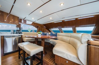 2010 Hargrave 101 Motor Yacht - Limitless - Galley Dinette