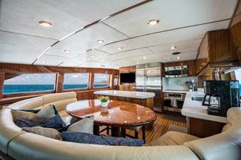 Limitless 12 2010 Hargrave 101 Motor Yacht - Limitless - Galley Dinette