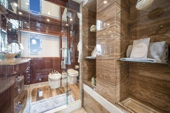 2010 Hargrave 101 Motor Yacht - Limitless - Master Stateroom Head