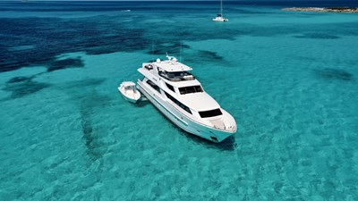Limitless 61 2010 Hargrave 101 Motor Yacht - Limitless