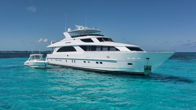 Limitless 67 2010 Hargrave 101 Motor Yacht - Limitless