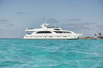 Limitless 73 2010 Hargrave 101 Motor Yacht - Limitless