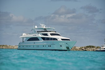 Limitless 76 2010 Hargrave 101 Motor Yacht - Limitless