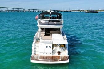 Sunseeker 68 Sport Yacht 8