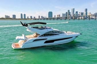 Sunseeker 68 Sport Yacht 9