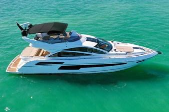 Sunseeker 68 Sport Yacht 11