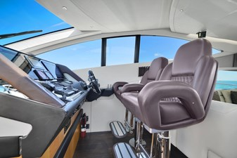 Sunseeker 68 Sport Yacht 20