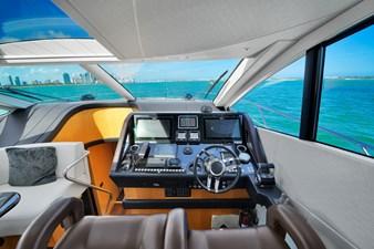 Sunseeker 68 Sport Yacht 22