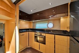 Sunseeker 68 Sport Yacht 23