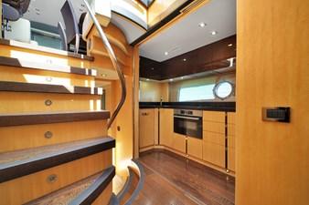 Sunseeker 68 Sport Yacht 24