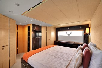 Sunseeker 68 Sport Yacht 26