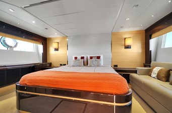 Sunseeker 68 Sport Yacht 27