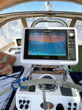 WILLOW 32 Helm Display