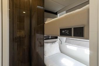 OCEAN VIBES 39 Crew Cabin