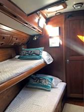 L'EQUIPE 7 Fwd. Port Cabin