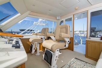 Cash Flow 39 Enclosed Flybridge