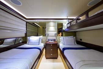 112_westport_freedom_starboard_guest_stateroom_4