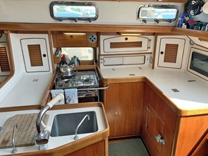 MISTY 27 Galley Outboard
