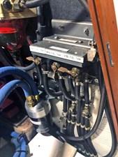 SQUANDO 53 Fuel Manifold
