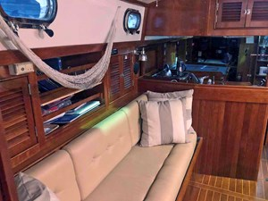 SQUANDO 7 Starboard Settee Looking Aft