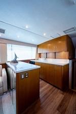 53_ocean_yacht_bridgeview_galley1