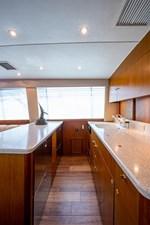 53_ocean_yacht_bridgeview_galley5